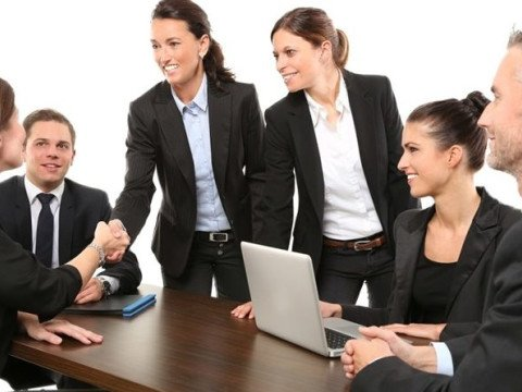 Smart Staffing: Improving Recruitment, Selection and Retention of Employees
